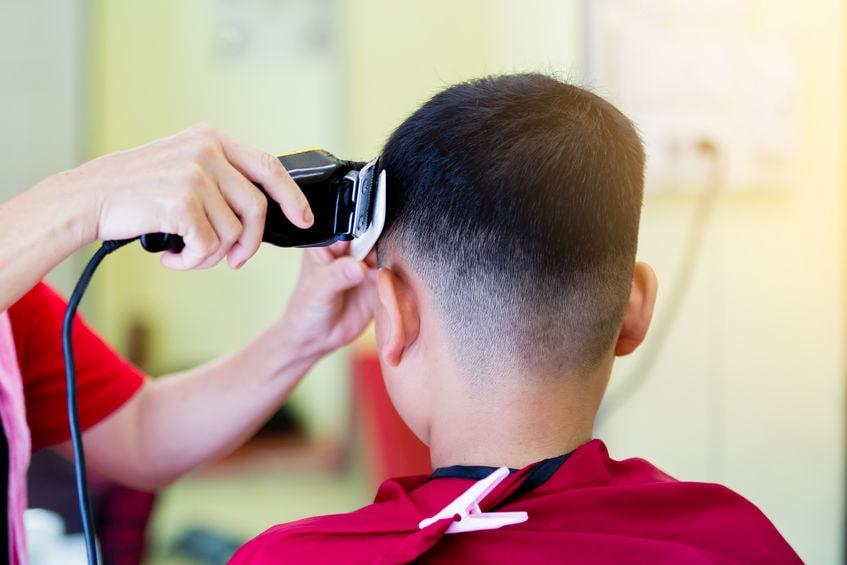 coupe de cheveux pour enfant